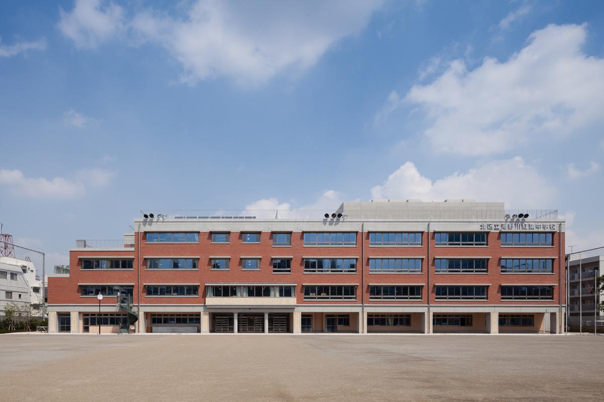 滝野川紅葉中学校